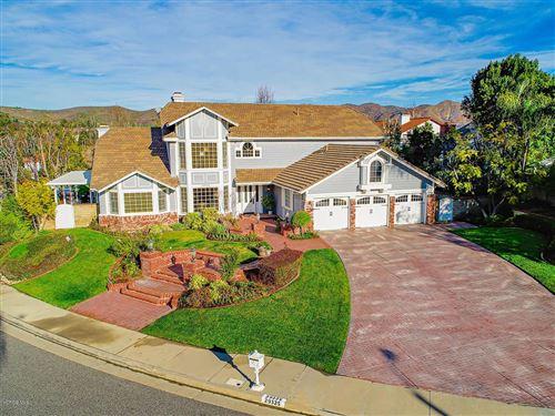 Photo of 29325 QUEENS Way, Agoura Hills, CA 91301 (MLS # 220000982)