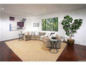 Photo of 126 North CROFT Avenue #202, Los Angeles , CA 90048 (MLS # SR18048983)