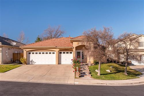 Photo of 253 WINDROSE Court, Newbury Park, CA 91320 (MLS # 220000986)