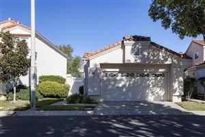 Photo of 809 VISTA ARRIAGO, Camarillo, CA 93012 (MLS # 218001991)
