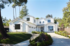 Photo of 1719 LA TAZA Drive, La Canada Flintridge, CA 91011 (MLS # 819002991)