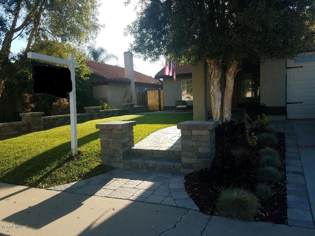Photo for 1674 WILLOWBROOK Lane, Simi Valley, CA 93065 (MLS # 218005993)