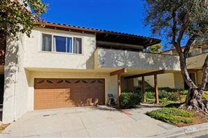Photo of 942 WOODLAWN Drive, Thousand Oaks, CA 91360 (MLS # 218000994)