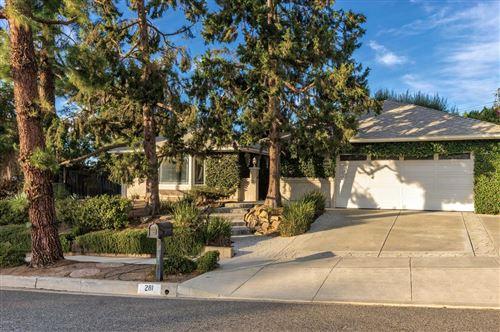 Photo of 281 TENNYSON Street, Thousand Oaks, CA 91360 (MLS # 219013997)