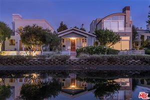 Photo of 412 HOWLAND CANAL, Venice, CA 90291 (MLS # 19506998)