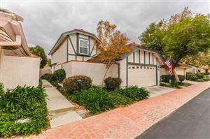 Photo of 1820 SUNTREE Lane, Simi Valley, CA 93063 (MLS # 218014998)