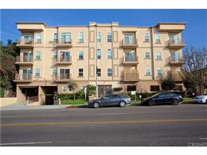 Photo of 956 South WILTON Place #201, Los Angeles , CA 90019 (MLS # SR18001999)