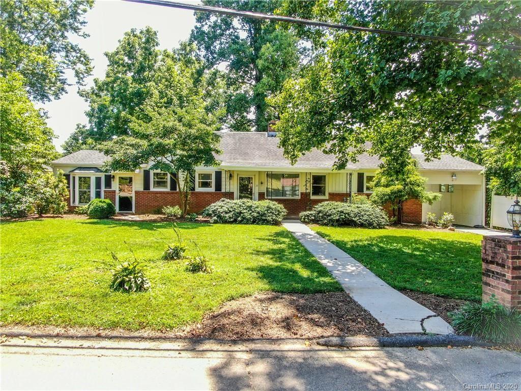 Photo of 32 Central Avenue, Weaverville, NC 28787 (MLS # 3652023)