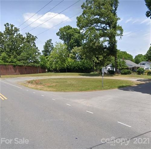 Photo of 404 Woodlawn Avenue, Mount Holly, NC 28120 (MLS # 3799024)