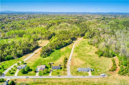 Photo of 1588 Berkshire Drive, Newton, NC 28658 (MLS # 3519026)