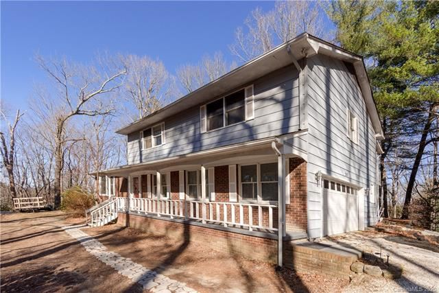 Photo of 207 Randy Drive, Hendersonville, NC 28792 (MLS # 3585026)