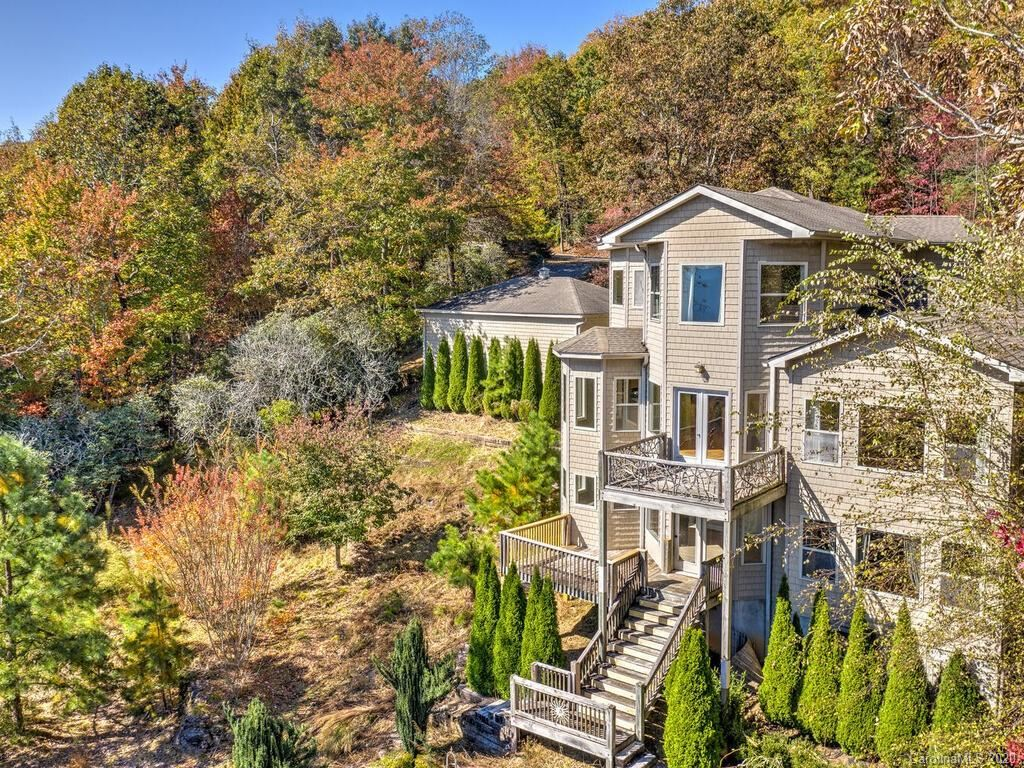 Photo of 301 Forge Crest Drive, Mills River, NC 28759 (MLS # 3672027)