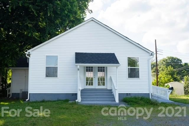 Photo for 3301 Tennessee Avenue, Charlotte, NC 28216-4077 (MLS # 3710028)