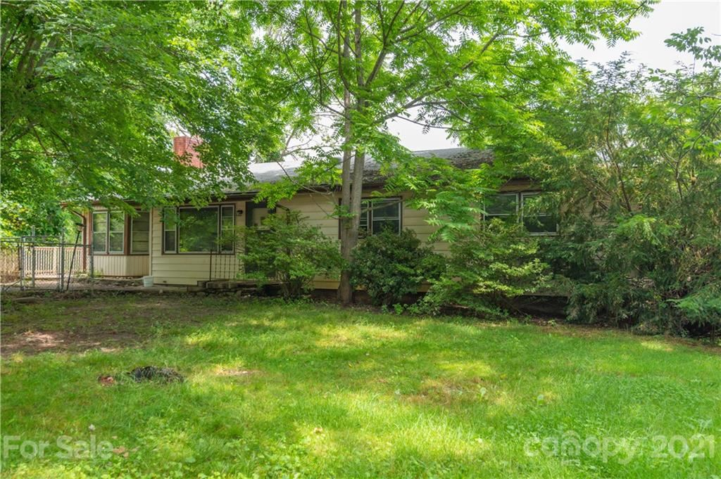 Photo for 207 Old US 70 Highway, Swannanoa, NC 28778 (MLS # 3751030)