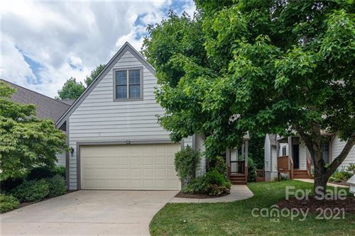 Photo of 42 Pinnacle Point, Asheville, NC 28805-2403 (MLS # 3762031)