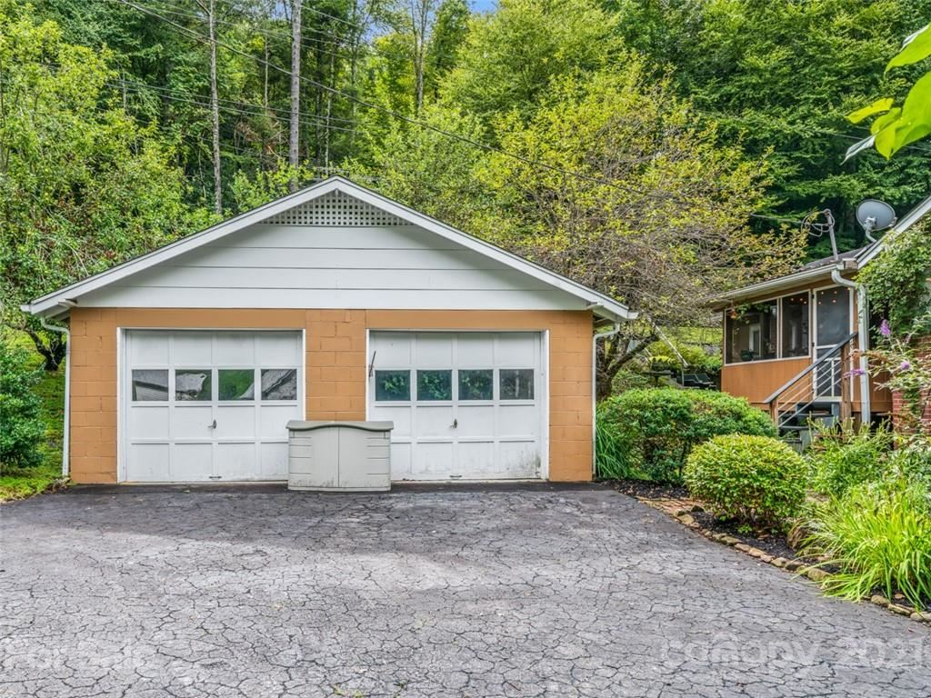Photo of 10129 NC Hwy 197 None, Green Mountain, NC 28740 (MLS # 3775033)