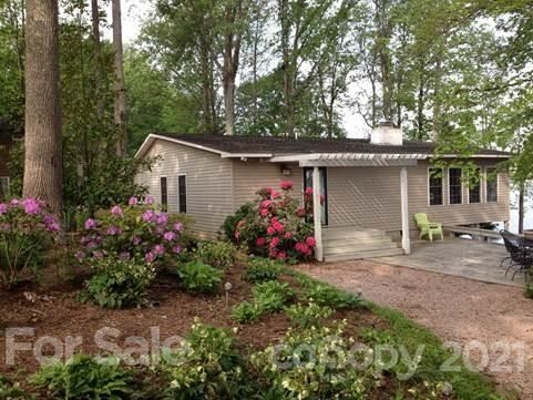 Photo of 5047 Webbs Chapel Church Road, Denver, NC 28037-9436 (MLS # 3713037)
