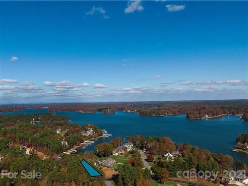 Photo of 9392 Island Point Road, Sherrills Ford, NC 28673 (MLS # 3542058)