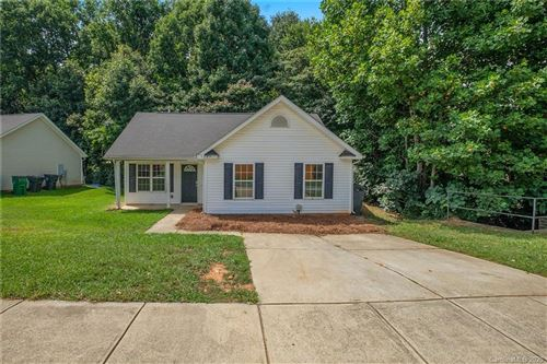 Photo of 5225 Windy Valley Drive, Charlotte, NC 28208-1188 (MLS # 3640062)