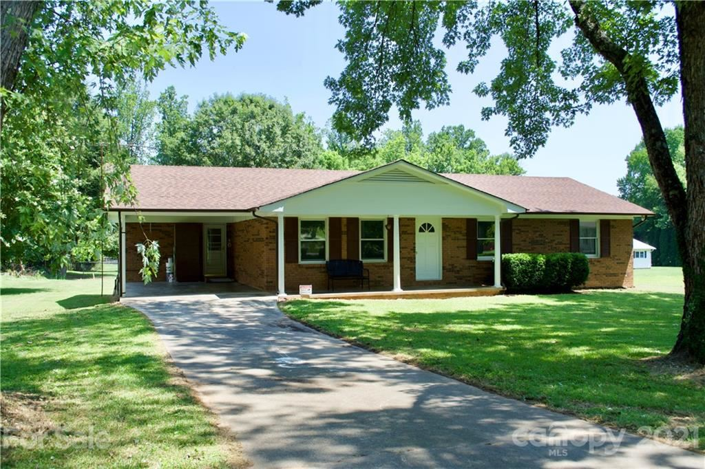 Photo of 31 Dries Drive, Old Fort, NC 28762-8796 (MLS # 3793067)