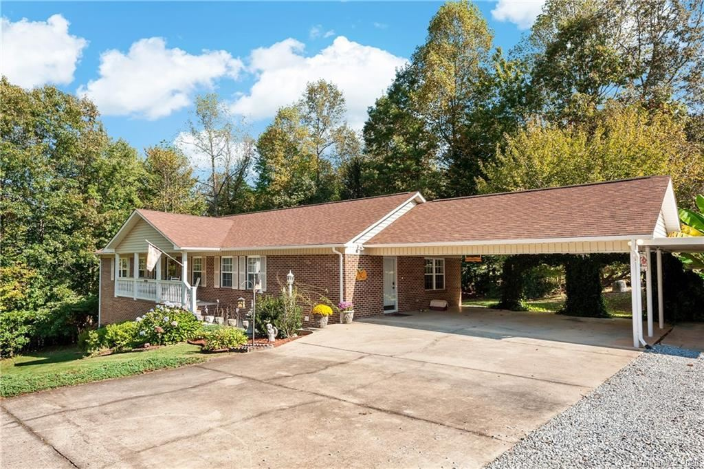 Photo of 245 Pleasant View Drive, Marion, NC 28752-8285 (MLS # 3673068)