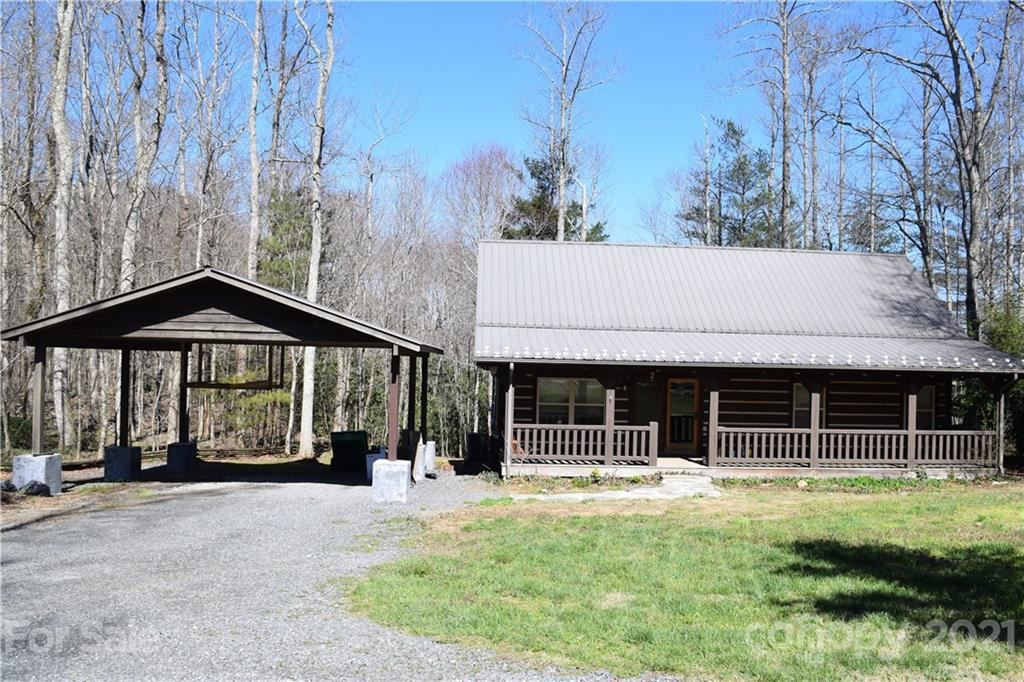 Photo of 1094 McHone Road, Spruce Pine, NC 28777 (MLS # 3724070)