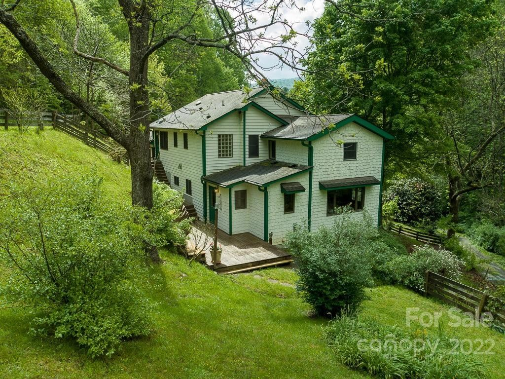 Photo of 674 and 434 Puncheon Camp Road, Marshall, NC 28753 (MLS # 3737075)