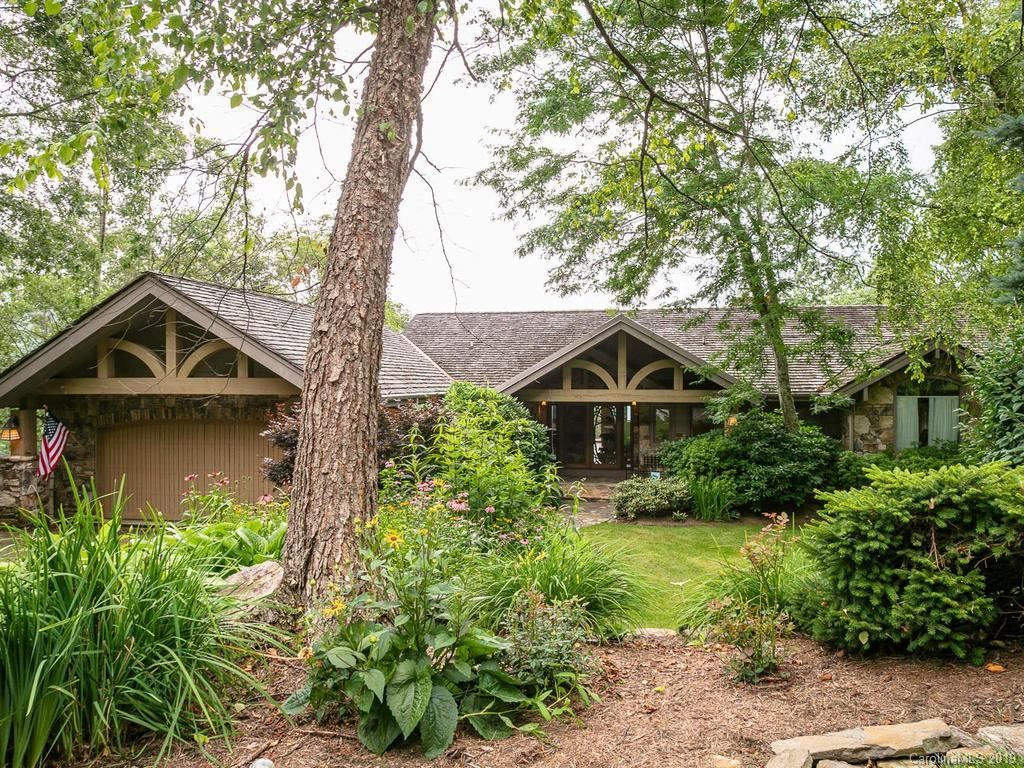 Photo of 218 Slickrock Road, Burnsville, NC 28714 (MLS # 3531079)