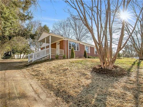 Photo of 31 Wilshire Drive, Asheville, NC 28806-2754 (MLS # 3697089)