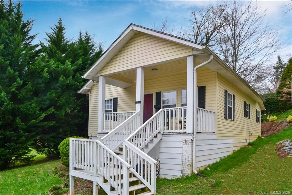 Photo of 121 Fleming Avenue, Marion, NC 28752 (MLS # 3607092)