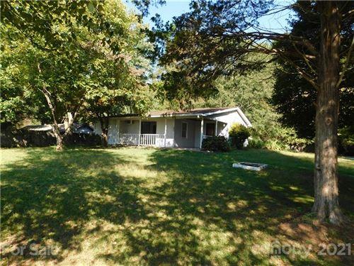 Photo of 110 Blue Ridge Road, Campobello, SC 29322-7901 (MLS # 3791095)