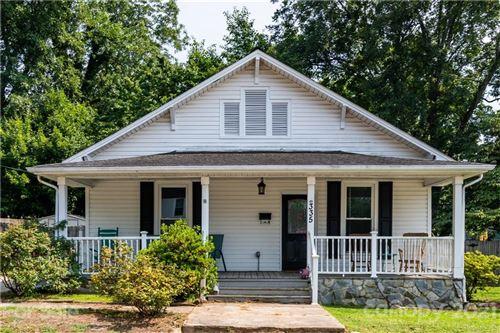 Photo of 335 W Sycamore Street, Lincolnton, NC 28092-2621 (MLS # 3768099)