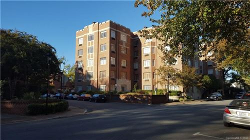 Photo of 301 W 10th Street, Charlotte, NC 28202-1762 (MLS # 3640108)