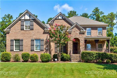 Photo of 16616 Doves Canyon Lane, Charlotte, NC 28278-8111 (MLS # 3744118)