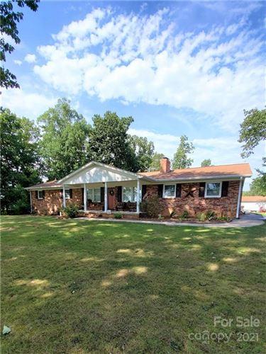 Photo of 400 Rollingbrook Road, Kings Mountain, NC 28086-9435 (MLS # 3798121)
