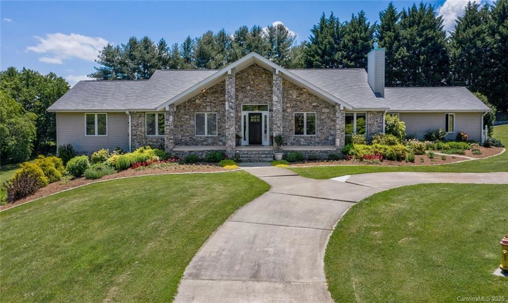 Photo of 9 Nottingham Drive, Candler, NC 28715-9418 (MLS # 3626129)