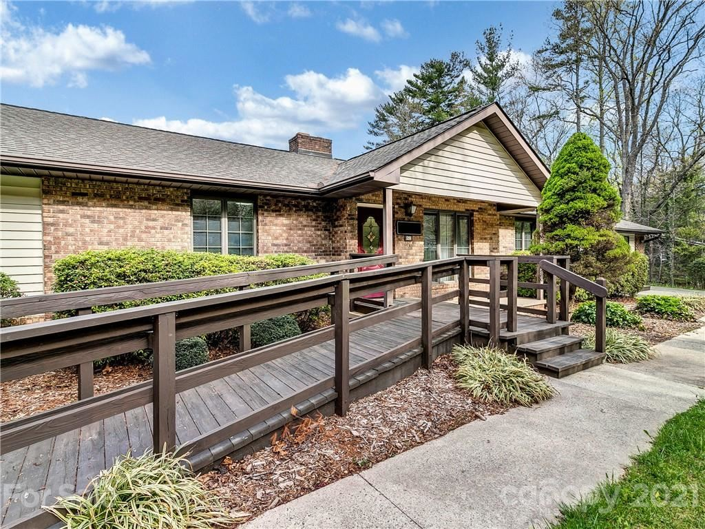 Photo of 28 Spruce Drive, Arden, NC 28704 (MLS # 3729129)