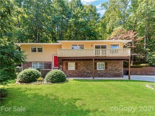 Photo of 109 Whisperwood Circle, Hendersonville, NC 28791-8017 (MLS # 3785132)
