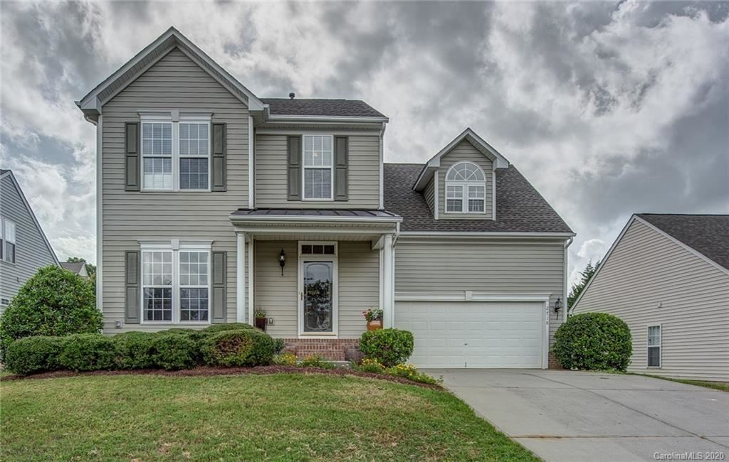 Photo for 2718 Shannon Drive, Belmont, NC 28012-6521 (MLS # 3648137)