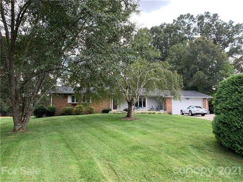 Photo of 308 Melissa Way, Hendersonville, NC 28791-8508 (MLS # 3783138)