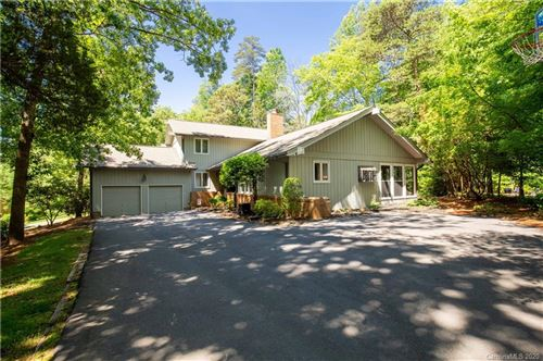 Photo of 16 Catawba Ridge Road, Lake Wylie, SC 29710-8915 (MLS # 3619142)