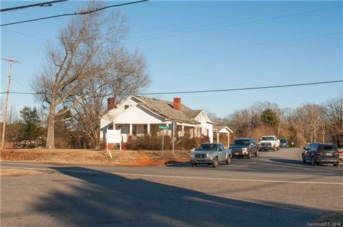 Photo of 105 Jane Sowers Road, Statesville, NC 28625 (MLS # 3355144)