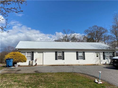 Photo of 209 W Jay Drive #209 & 211, Taylorsville, NC 28681-2328 (MLS # 3599146)