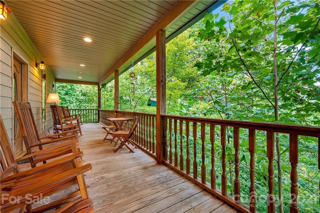 Photo of 8 White Willow Ridge, Black Mountain, NC 28711-0015 (MLS # 3789149)