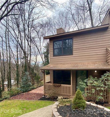 Photo of 201 Buck Cove Terrace, Asheville, NC 28805-8218 (MLS # 3702150)