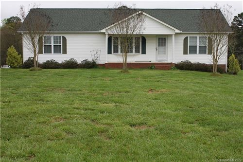 Photo of 1095 Lawrence Road, Clover, SC 29710 (MLS # 3606161)