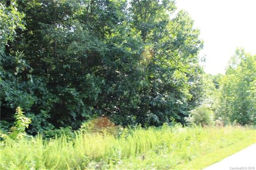 Photo of 256 Donsdale Drive, Statesville, NC 28625 (MLS # 3405167)