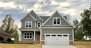 Photo of 36 Divot Court, Hickory, NC 28601 (MLS # 3548167)