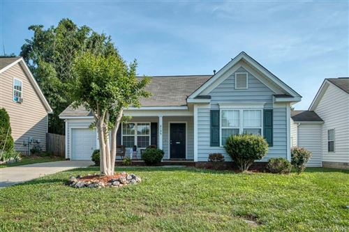 Photo of 2135 Wexford Way, Statesville, NC 28625 (MLS # 3628173)