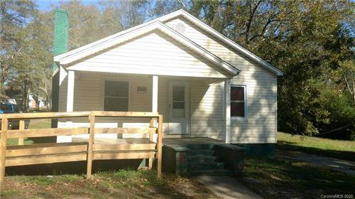 Photo of 906 W Oak Street, Shelby, NC 28150 (MLS # 3683183)